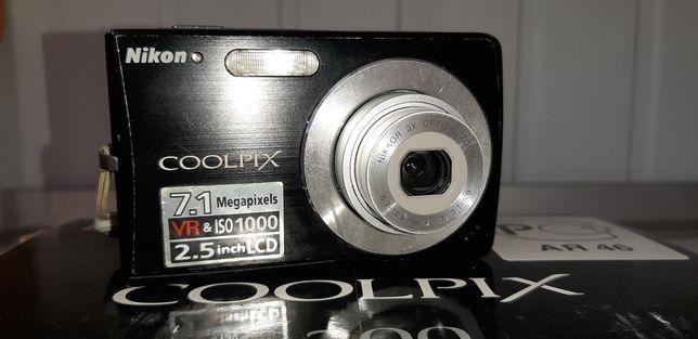 Цифровая фотокамера Nikon Coolpix S 200