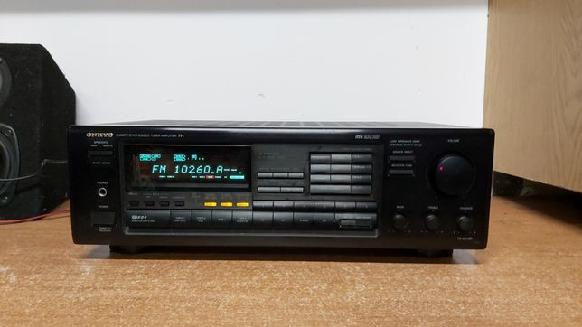 Amplituner ONKYO tx-8510r Stereo