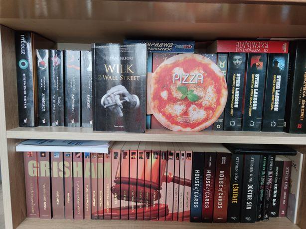 Książki z półki różne tytuły