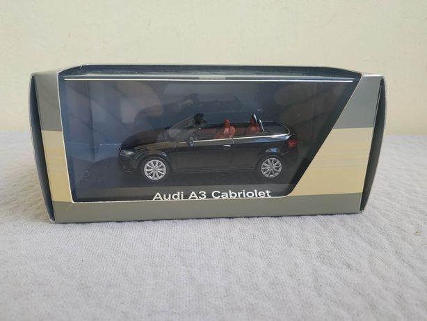 Масштабная модель 1:43 автомобиля Audi A3 cabriolet.