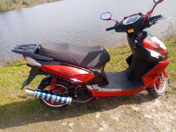 Продам скутер Viper Storm
