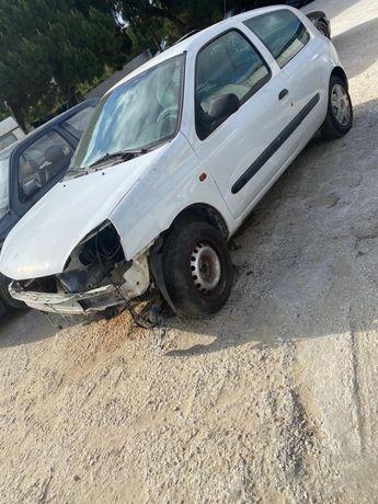Vendo Renault clio 1.5 dci peças