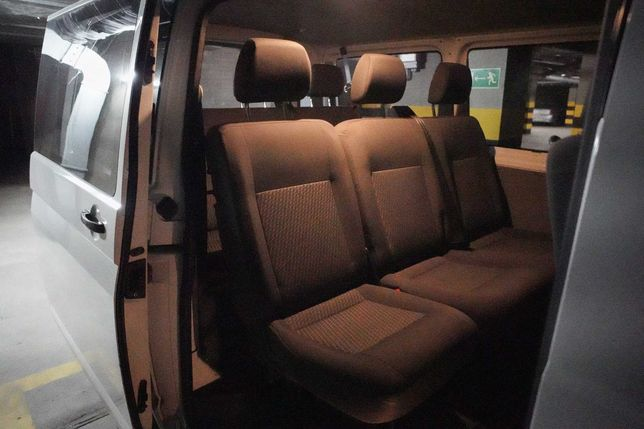 VW T5 - komplet foteli / siedzeń / kanap (Tasamo)