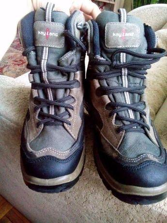 Продам туристичні черевики kayland