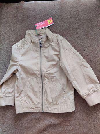 НОВАЯ куртка-ветровка BENETTON (размер 90)