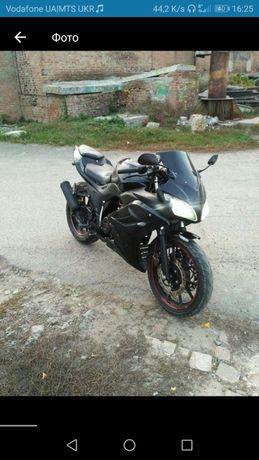 Продам мотоцикл Viper f2