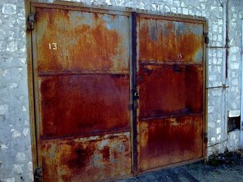 Покраска ворот и их ремонт. Услуги сварщика. Ремонт гаража.