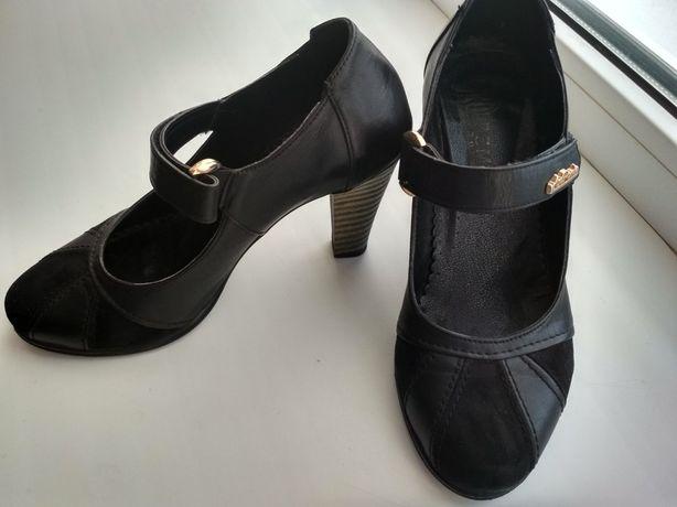 Туфли женские, 37 р., в отличном состоянии.