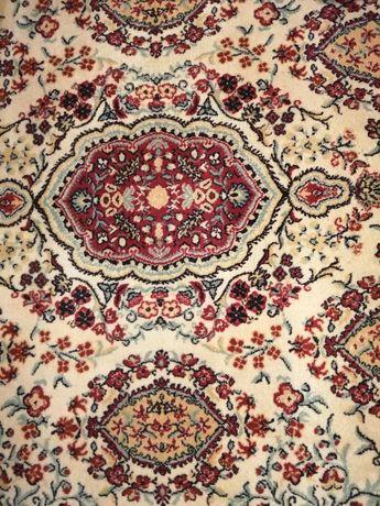 Wełniany dywan marki Dywilan