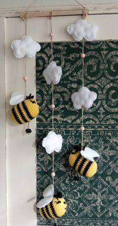 Girlanda, pszczoły, szydełko, rękodzieło