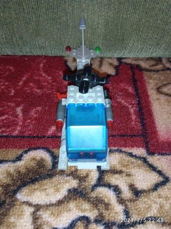Срочно !Продам Лего конструктор