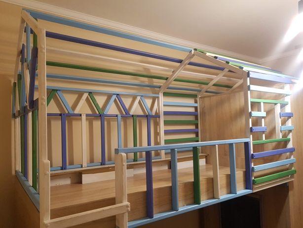 Детская комната! Кровать-чердак, шкаф, свет, игровая зона