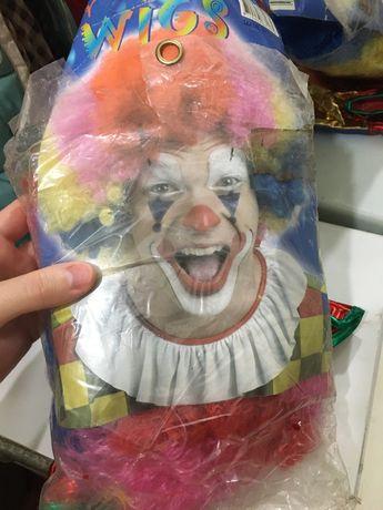 Парик клоуна и шапочка
