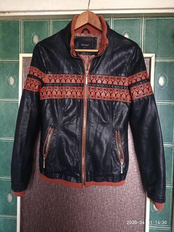 Куртка женская 44р.