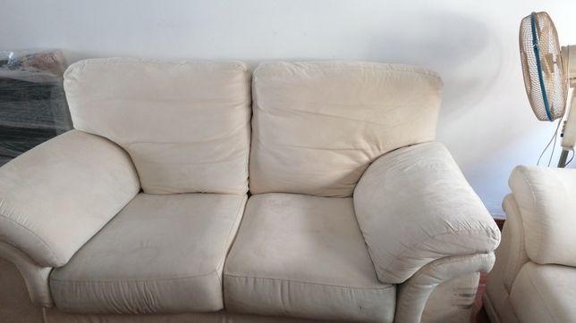Sofá 2 lugares em tecido nobuk