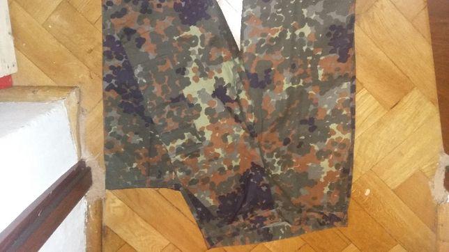 Nowe spodnie wojskowe bojówki