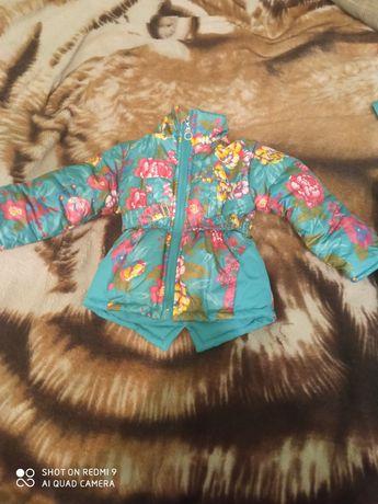 Срочно продам зимний костюм для девочки, венгерской фирмы