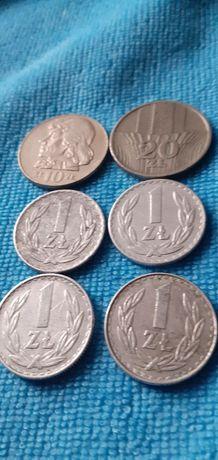 Mam dwie sprzedania monety PRL