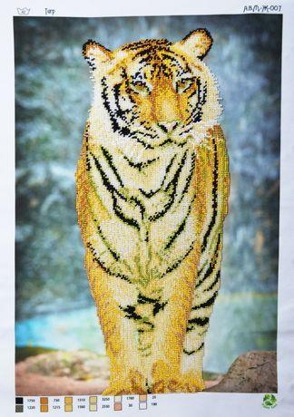 Вишита картина чеським бісером тигр