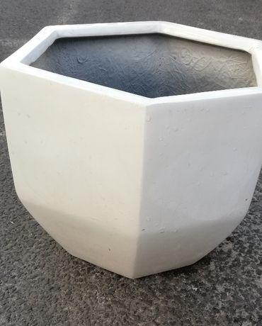OBI Donica Quatro biała 33x30x32 obniżka z 119,00 na 59,98