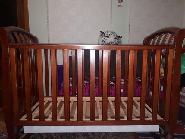 Кровать детская, нат.дерево. 120×60. Срочно