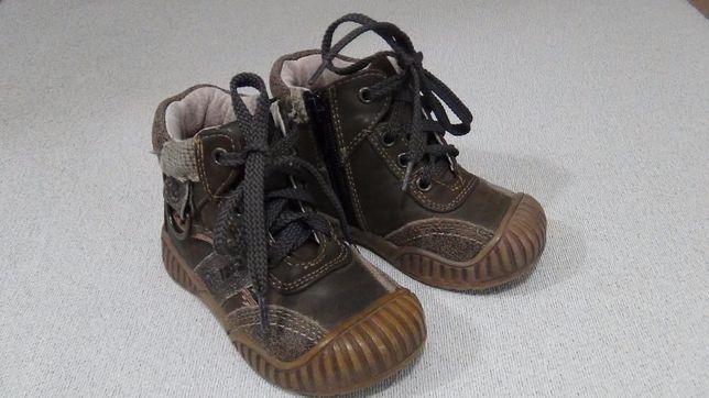 Демисезонные ботинки для мальчика Little Deer