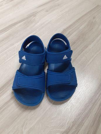 Sandałki Adidas 30