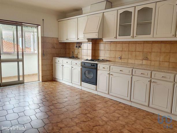 Apartamento - 106 m² - T3