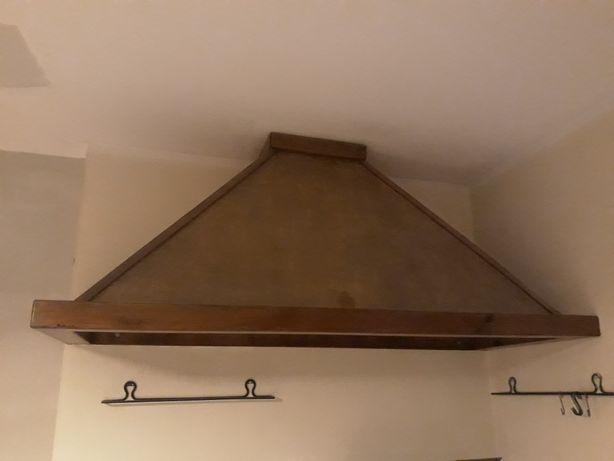 Drewniany okap kuchenny