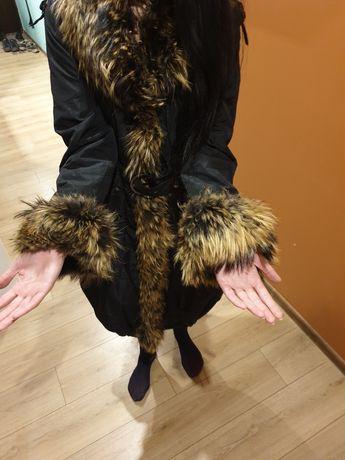 Продам зимнее тёплое пальто.