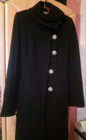 Пальто демисезонное шерстяное черное осень-весна