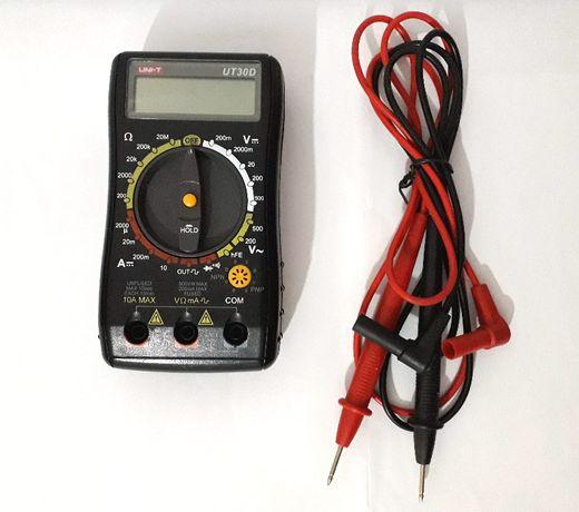 Multímetro digital compacto UNI-T UT30D