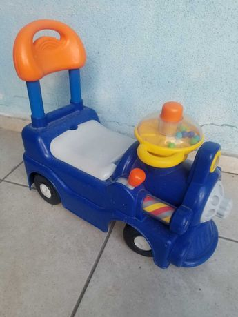 Машинка - ходунки Chicco