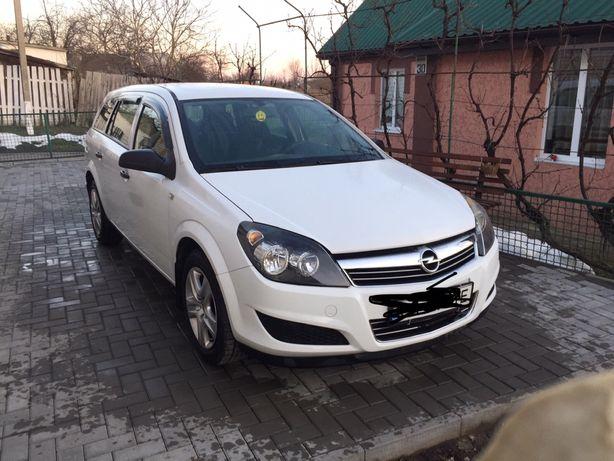 Opel Astra 2009 рік