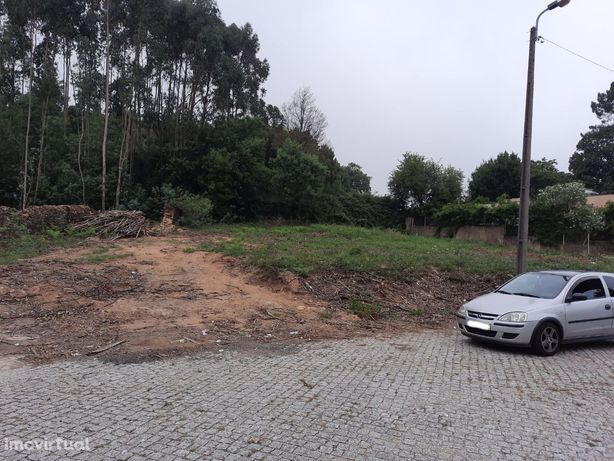 Lote para construção d moradia térrea de 4 frentes ao Continente Grijó