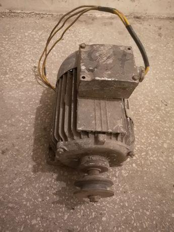Silnik 750W 1400rpm