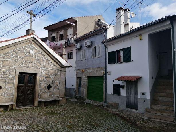 Vende-se casa em Aldeia do Bispo