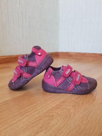Кожаные демисезонные ботинки/кроссовки  ReKids/Geox/Ecco, р. 22