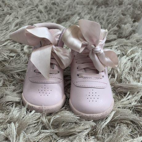 Różowe Buty Reebok