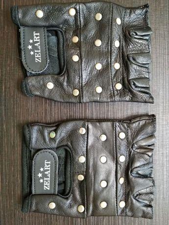 Новые кожаные перчатки для тренажерного зала, фитнеса или велосипеда.