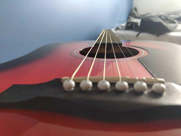 Gitara akustyczna Fender CD-60 + pokrowiec, tuner, uchwyt, kostka