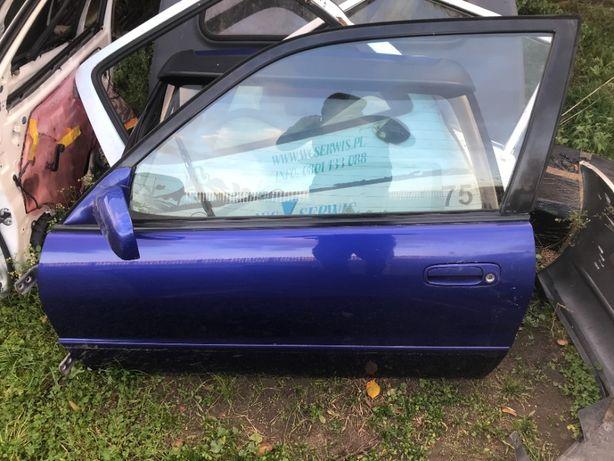 Toyota Corolla e11 drzwi prawe prawy przód przednie klamka szyba zamek