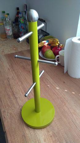 Zielony stojak na kubki