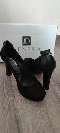 Туфлі жіночі натуральні замшеві 39 розмір