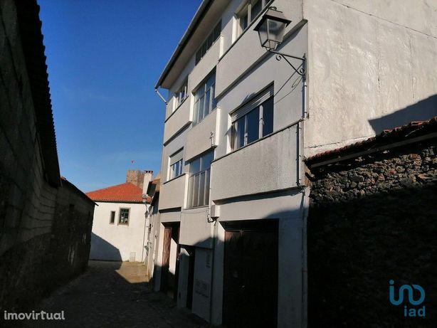 Apartamento - 107 m² - T3