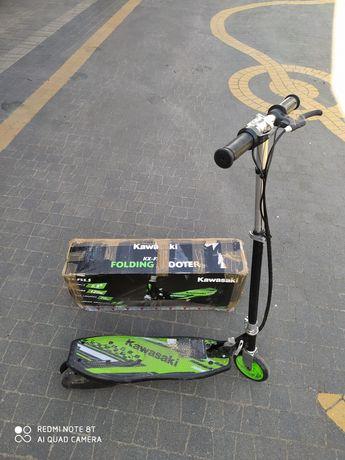 Hulajnoga elektryczna Kawasaki