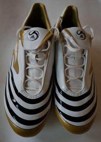 Korki chłopięce Adidas rozmiar 35,5 UK 3.