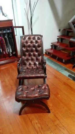Cadeiras de baloiço e cadeira eléctrica já