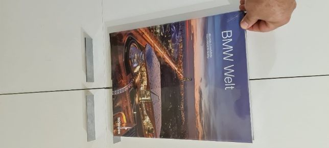 vende se livro original BMW Welt