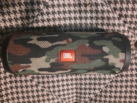 Sprzedam głośnik JBL Flip 4